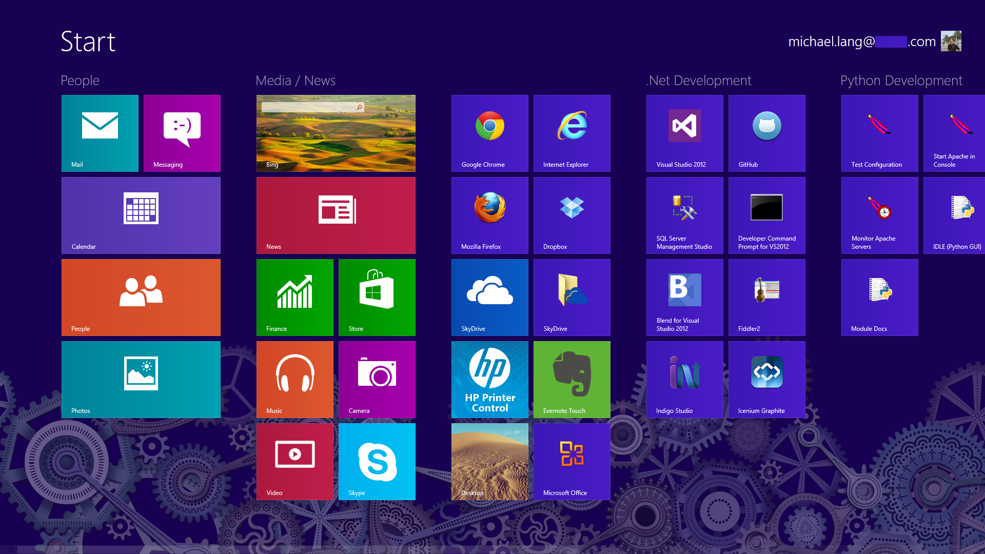Windows 8 start screen, Desktop, and Touch